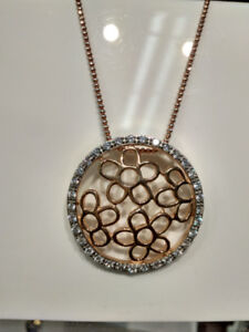 Pendent Flower Silver entirely with Gold Plating and cubic zirco