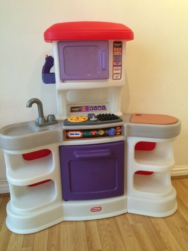 Little Tikes Cookin Sounds Gourmet Kitchen With Accessories