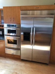 Kitchen Aide Like New Stainless Steel Appliances