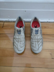 Adidas soccer cleats (grey / blue) great condition