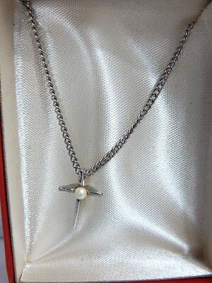 60s -70s Jewelry – Necklaces, Earrings, Rings, Bracelets Vintage 1960s 70s Chain Necklace Pearl Cross Charm Retro Christian Metal Pendant $15.99 AT vintagedancer.com