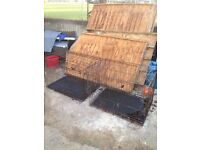 2 dog crates CHEAP need gone