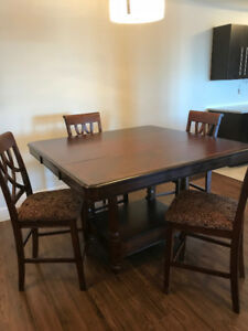 Super Deal !!!  Dining Room Table and Four Chairs