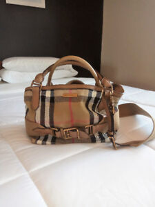 Authentic Burberry   Buy or Sell Women s Bags   Wallets in Canada ... e29fe8c344