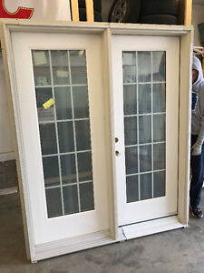 New Lux Fiberglass French Door, Smooth White, cladded Frame