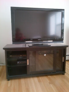 Broyhill  TV stand
