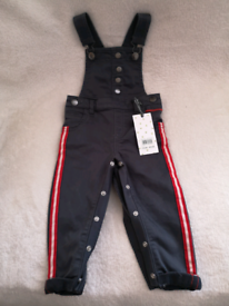 Fearne Cotton baby dungarees.