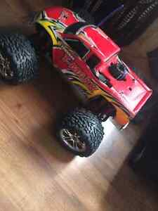 Rc traxxas Tmaxx great shape