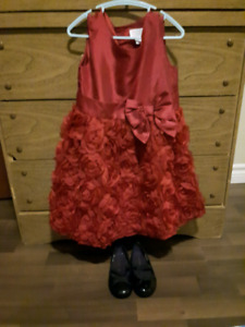 Girls 4T Dress w/ size 9 shoes