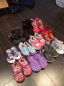 Lot de chaussures fille