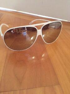 Unisex Armani Exchange sunglasses/Lunettes de soleil