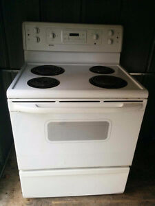 kitchen stove and dryer for sale Kitchener / Waterloo Kitchener Area image 1