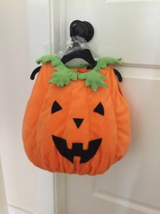 NWT baby pumkin Halloween costume