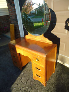 VINTAGE WATERFALL VANITY WITH ROUND MIRROR + BENCH
