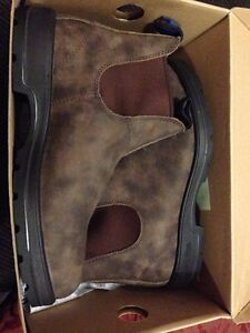 Size 7.5 AUS Winter Blundstones. Never Worn. Rustic Brown