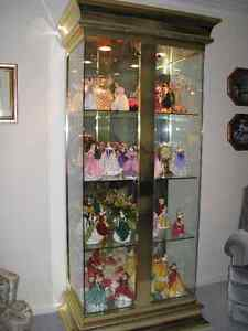 EXQUISITE GLASS AND BRASS CURIO CABINET