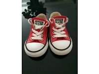 Converse baby size 6