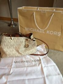 GENUINE MICHAEL KORS ORIGINAL LOGO BAG