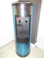 Igloo stainless steel cold and hot water cooler