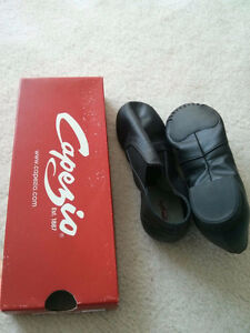 Brand new girls jazz shoes in various sizes
