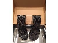 United Nude heels SIZE 40 NEW