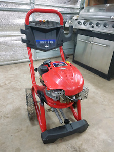 Briggs and Stratton 675 pressure washer