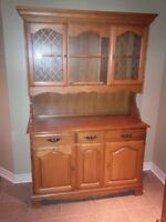 Hutch / Glass Doors / Solid Wood China Cabinet