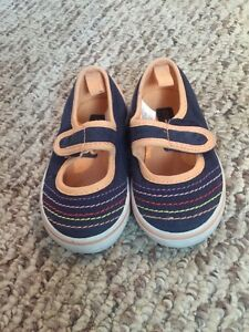 Girl shoes size 4-5