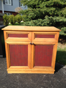 Small Cabinet-Cobourg area