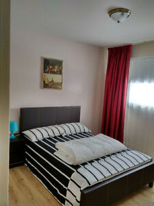 chambres a louer jour-semaine-mois/rooms for rent day-week-month