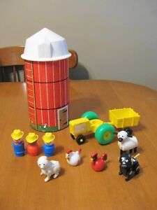 FISHER PRICE LITTLE PEOPLE VINTAGE SILO AND BARN ACCESSORIES