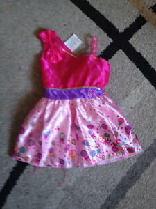 Barbie girl's fantasy play costume size 4/6y. IS AVAILABLE Gatineau Ottawa / Gatineau Area image 1