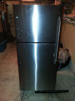 GE Refrigerator For Sale