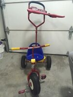 Radio Flyer Steer and Stroll Tricycle