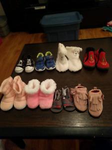 Soulier bébé 3 $ chaque paire