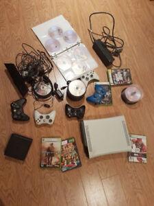 Xbox 360 (60Gb) + 110 JEUX + 4 manettes + kinect + microphone