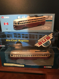 3PC- 20YR OLD CORGI TORONTO TRANSIT COMMISSION STREETCAR SET