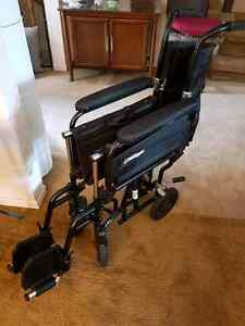 Airgo® Comfort-Plus™ Lightweight Transport Chair West Island Greater Montréal image 2