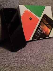 Nokia Lumia 635 w/case