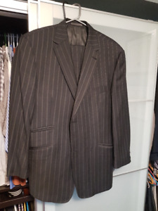 Biella Suit 44R, 100%wool, Made in Italy