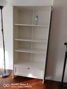 Book Shelf With Drawer
