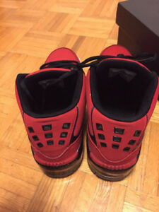 Boys Shoes Red Jordan Size 6