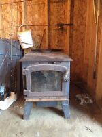 WOODSTOVE WITH BLOWER