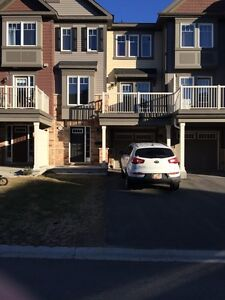 Townhouse for rent in Kanata