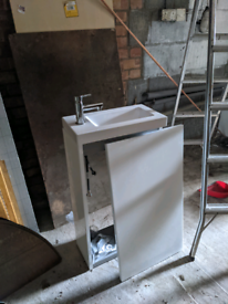 Small Sink unit for downstairs toilet / ensuite brand new complete