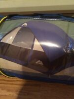 **OZARK TRAIL USED TENT FOR 4 PEOPLE**