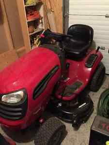 Tractor Buy Or Sell A Lawnmower Or Leaf Blower In Ottawa