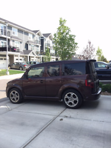 2007 Honda Element-Great for the Mountains & Camping (or Moms)!