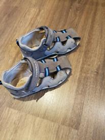 Boys leather sandals size 26 uk 8