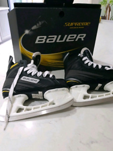 Bauer Supreme Pro Skates still in the box size 2 junio